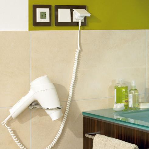 bei badsanierung auch  elektroinstallation denken